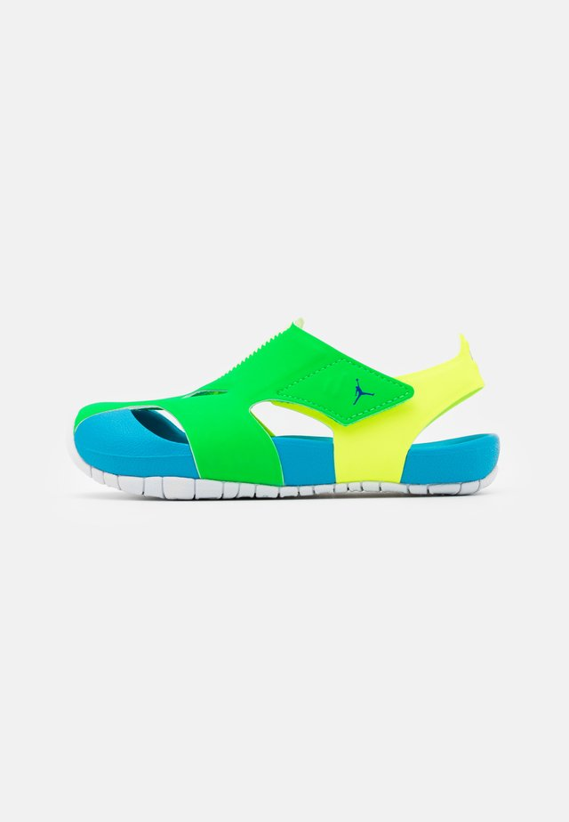 FLARE UNISEX - Basketball shoes - green spark/persian violet/volt/laser blue/white
