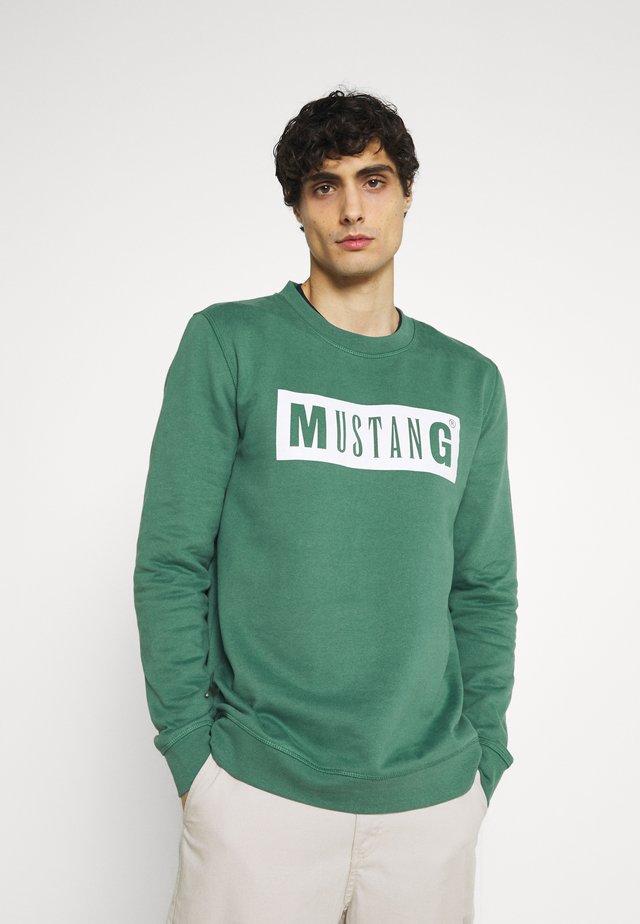 BEN - Mikina - mallard green