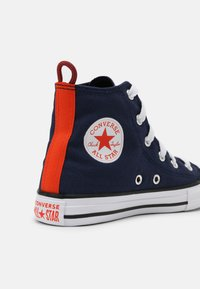 Converse - CHUCK TAYLOR ALL STAR SUMMER COLOR HI UNISEX - High-top trainers - midnight navy/bright poppy/converse black - 6