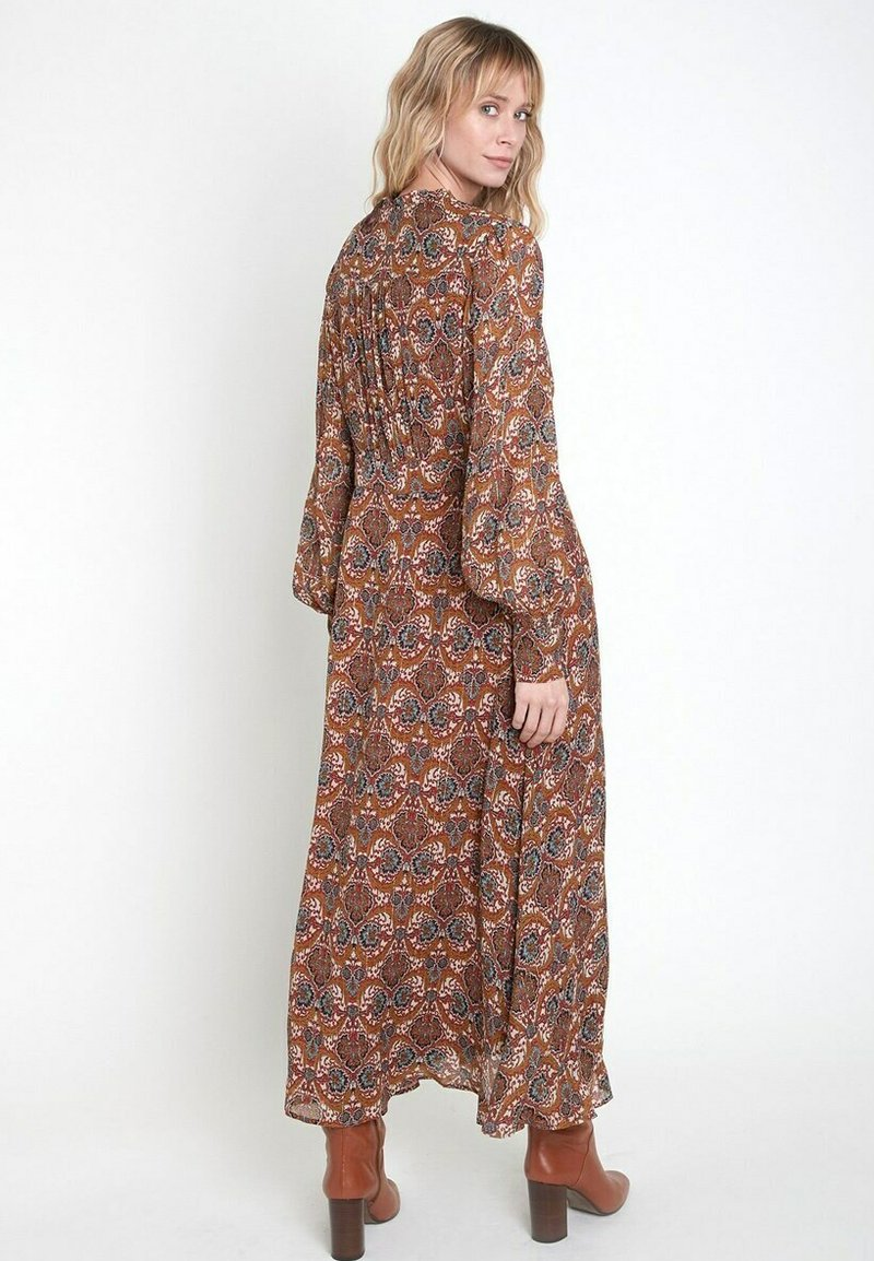 Maison 123 - Maxi dress - marron caramel
