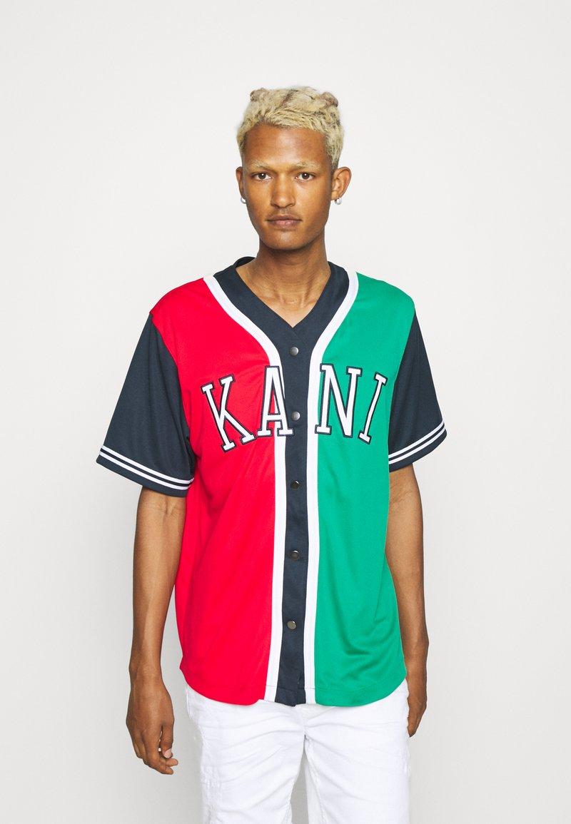 Karl Kani - COLLEGE BLOCK BASEBALL - Skjorta - red