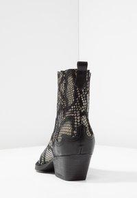 Lazamani - Kovbojské/motorkářské boty - black - 5
