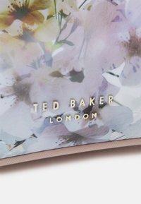 Ted Baker - SOPHYY - Tote bag - ivory - 3
