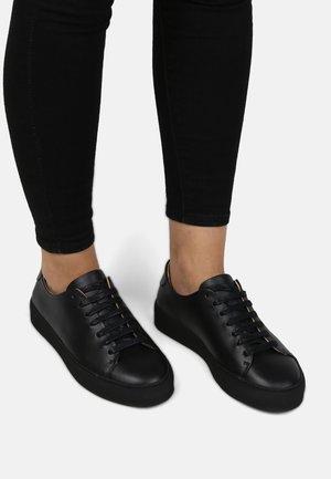 DORIC BOUND DERBY SHOE - Sneakersy niskie - black