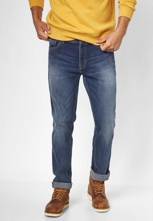 MILTON MODISCHE  - Slim fit jeans - blue