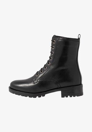 PRESTONE - Veterboots - black