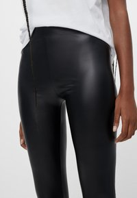 Bershka - Leggings - black - 3