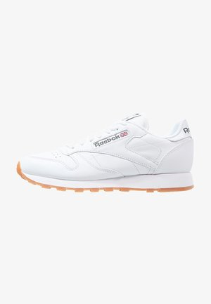 CLASSIC LEATHER LOW-CUT DESIGN SHOES - Sneakersy niskie - white