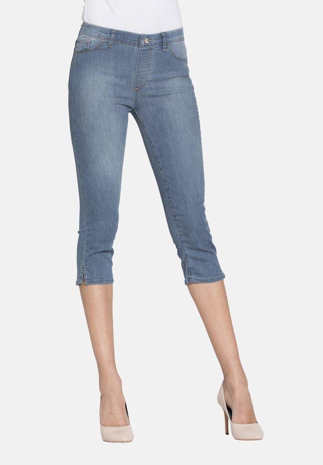 Shorts di jeans - lavaggio blu chiaro (super stone wash)