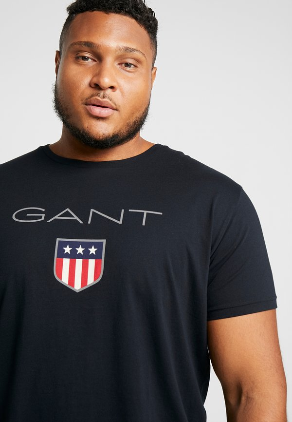 GANT PLUS SHIELD - T-shirt z nadrukiem - black/czarny Odzież Męska CDFP