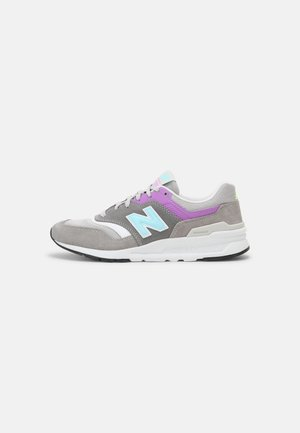 CW997 - Zapatillas - grey/purple