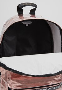 Little Marc Jacobs - Rugzak - pink copper - 5