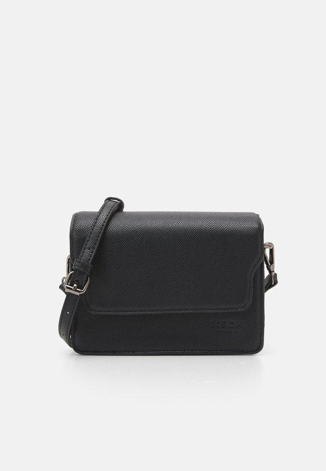 NADIMA CROSSOVER BAG - Sac bandoulière - black