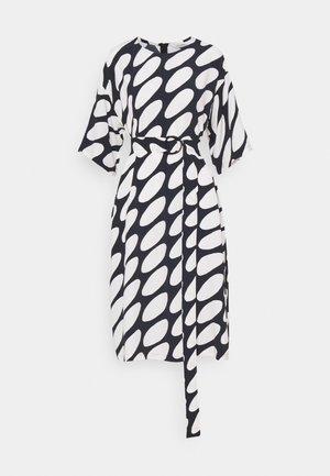 SMULTRON LINSSI DRESS - Denní šaty - black/off-white