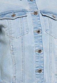 Vero Moda - VMFAITH SLIM JACKET - Denim jacket - light blue denim - 5