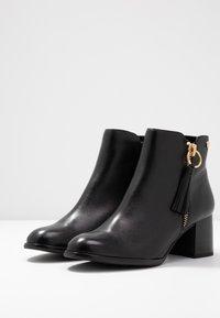 s.Oliver BLACK LABEL - Ankle Boot - black - 4