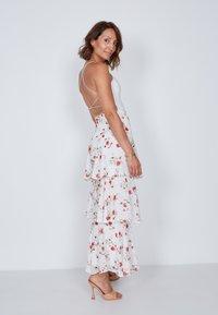 True Violet - TIERED  - Maxi skirt - white - 3