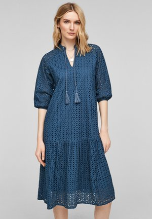 Day dress - blue embroidery