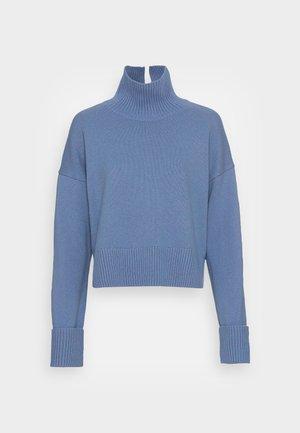 TURTLENECK JUMPER - Džemperis - blue