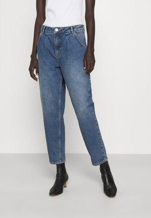 SIGNE - Jeans Straight Leg - stone wash