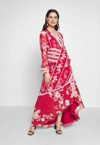 Hope & Ivy Maternity - LONG SLEEVE WRAP DRESS - Maxi dress - red - 1