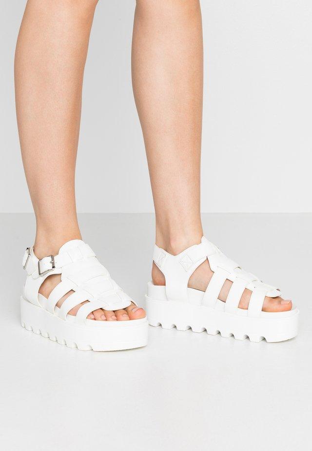 VEGAN - Korkeakorkoiset sandaalit - white
