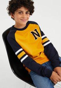 WE Fashion - Sweatshirt - yellow - 2