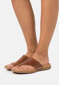 Gabor - T-bar sandals - peanut - 0