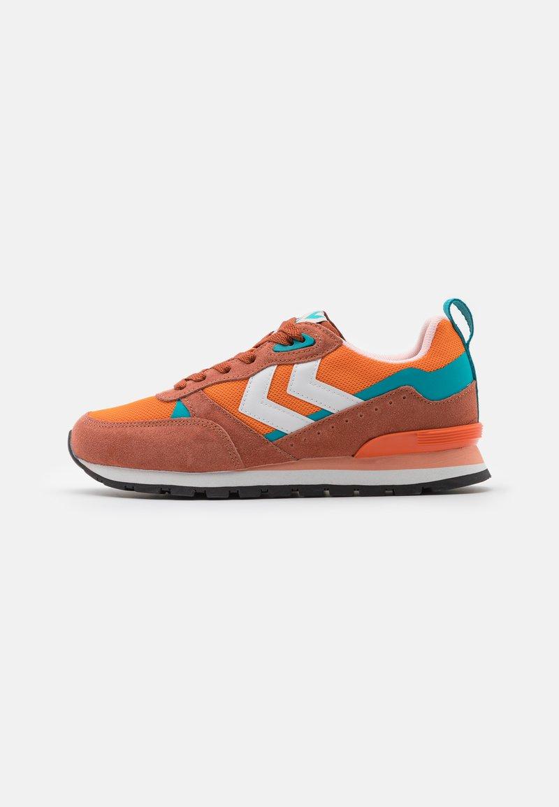 Hummel - THOR UNISEX - Trainers - orange