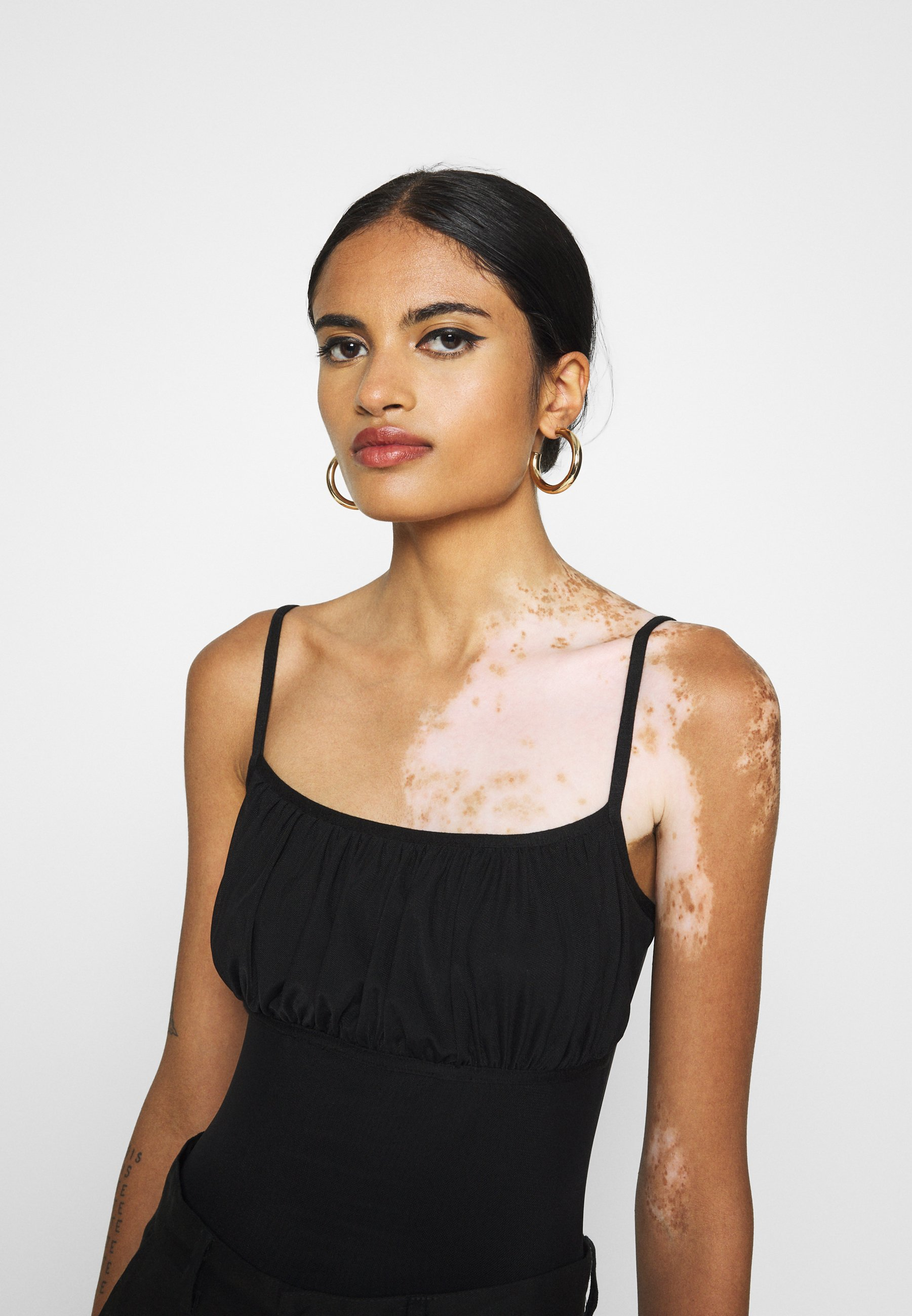 Missguided Ruched Bust Strappy Bodysuit - Topper Black/svart