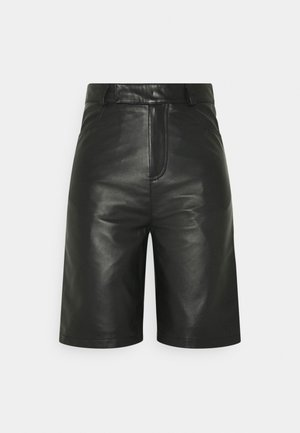 BOI - Shorts - black