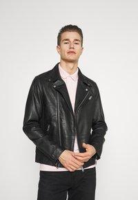 Selected Homme - SLHICONIC BIKER  - Leather jacket - black - 0