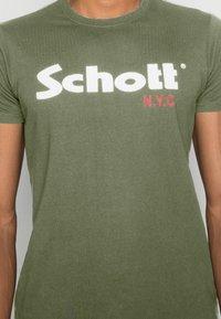 Schott - LOGO 2 PACK - Print T-shirt - khaki/bordeaux - 5