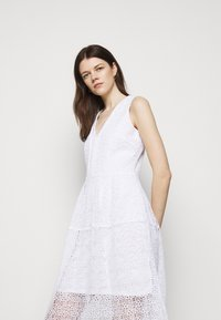 MICHAEL Michael Kors - MIDI DRESS - Cocktail dress / Party dress - white - 3