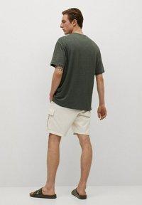 Mango - LINEL - Jednoduché triko - grønn - 2