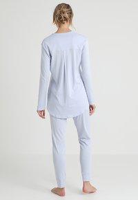 Hanro - PURE ESSENCE SET - Pyjama set - blue glow - 2