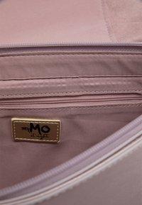 myMo at night - Handbag - flieder - 4