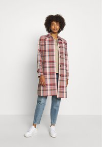 Tommy Hilfiger - TESS BLEND CHECK - Classic coat - cameo - 1