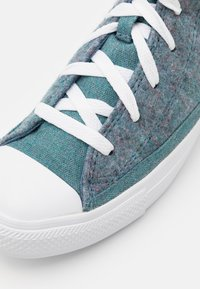 Converse - CHUCK TAYLOR ALL STAR RENEW UNISEX - Baskets montantes - lakeside blue/powder green/white - 5