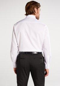 Eterna - REGULAR FIT - Camicia elegante - weiß - 1