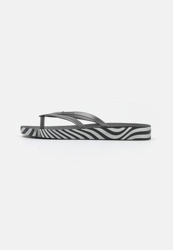 BOSSA SOFT FEM - tåsandaler - black/silver
