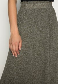 Selected Femme - SLFGAIA MIDI SKIRT - A-line skirt - kalamata - 4