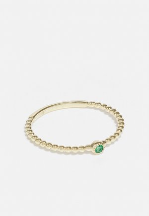 9KT YELLOW GOLD GREEN EMERALD FASHION RING - Ring - gold