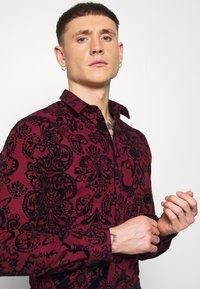 Twisted Tailor - LINFORTH - Formal shirt - burgundy - 3