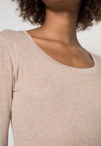 Opus - SORANA  - Long sleeved top - cashmere cream melange - 4