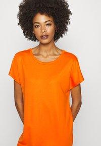 Marc O'Polo - DRESS OVERCUT SHOULDER ROUND NECK - Jersey dress - sunbaked orange - 4