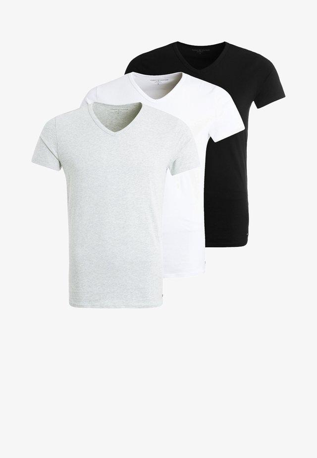 PREMIUM ESSENTIAL 3 PACK - Podkoszulki - black/grey heather/white
