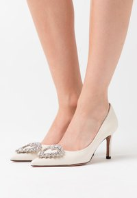 Oxitaly - STEFY - Classic heels - latte - 0