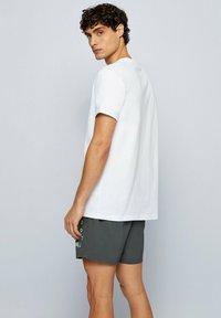 BOSS - T-shirt imprimé - natural - 1