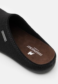 Shepherd - JON - Slippers - black - 5